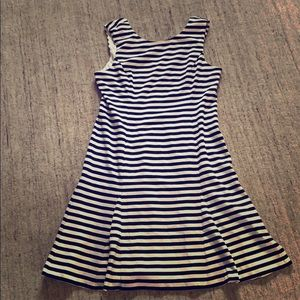 NWOT VINCE CAMUTO Stripe Scuba Crepe Dress - 16